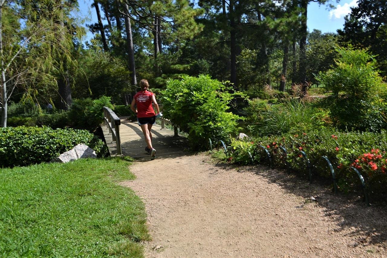 Jak się ubrać do biegania wiosną